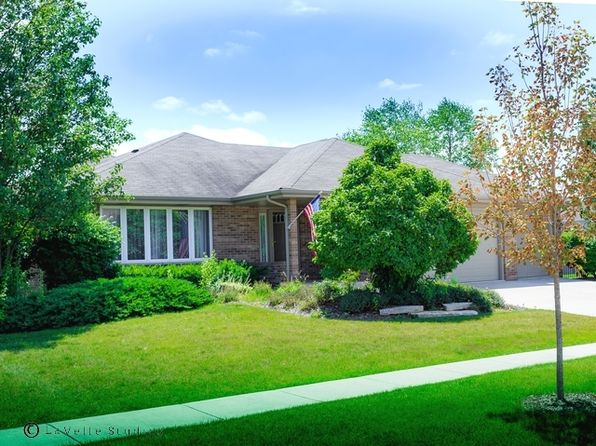 3 bed 3 bath Single Family at 696 Tanager Ln New Lenox, IL, 60451 is for sale at 299k - 1 of 33