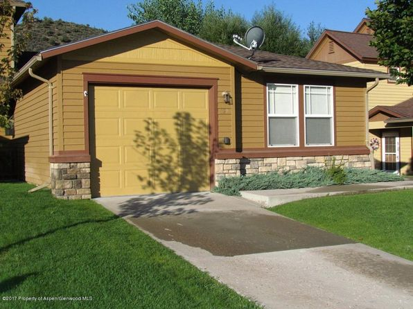 2 bed 2 bath Townhouse at 329 Maroon Ct New Castle, CO, 81647 is for sale at 275k - 1 of 17