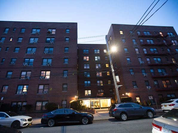 2 bed 1 bath Cooperative at 2680 E 19th St 1s Brooklyn, NY, 11235 is for sale at 400k - 1 of 9