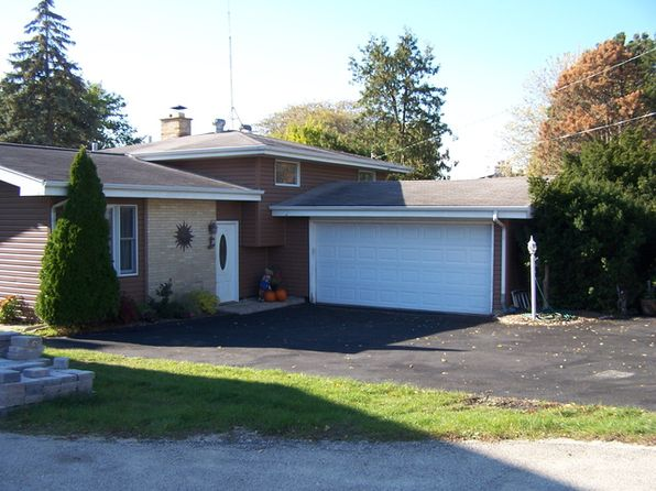 3 bed 2 bath Single Family at 1815 E Grand Ave Lindenhurst, IL, 60046 is for sale at 240k - 1 of 31