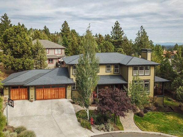 4 bed 3 bath Single Family at 2332 NW Candlelight Pl Bend, OR, 97703 is for sale at 735k - 1 of 25