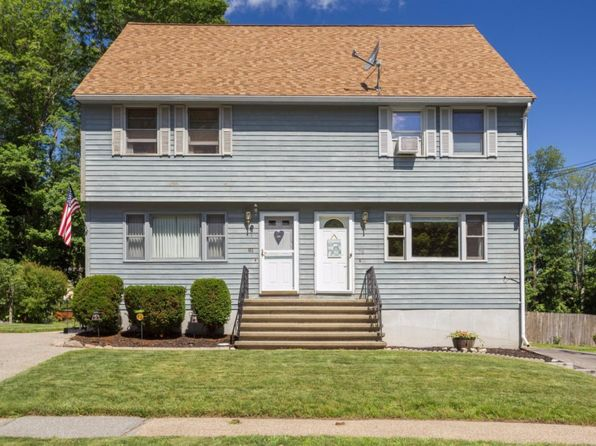 2 bed 1.5 bath Condo at 79 Bateman St Haverhill, MA, 01832 is for sale at 250k - 1 of 19