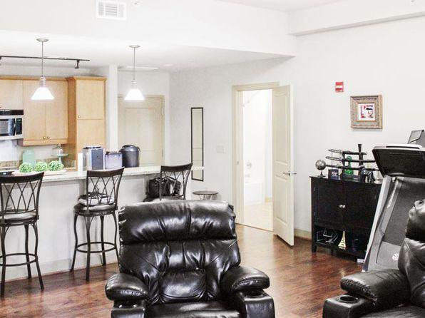 2 bed 2 bath Condo at 1040 Broadway Park Birmingham, AL, 35209 is for sale at 215k - 1 of 11