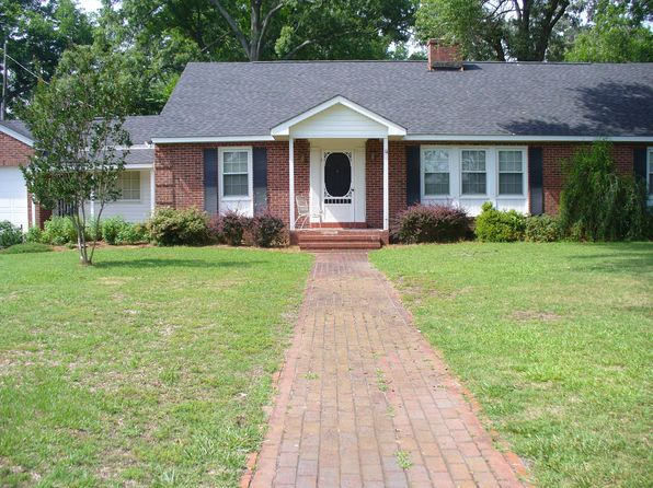 3 bed 2 bath Single Family at 215 W Railroad St La Grange, NC, 28551 is for sale at 120k - 1 of 26
