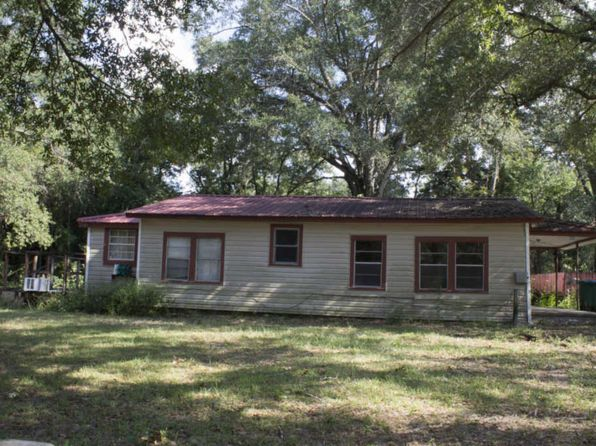 2 bed 1 bath Single Family at 451 AMOS ST CRESTVIEW, FL, 32539 is for sale at 50k - 1 of 7