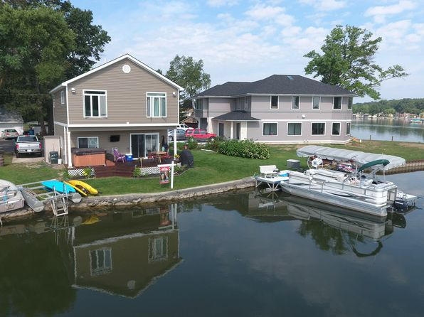 3 bed 3 bath Single Family at 2326 Kingston St White Lake, MI, 48386 is for sale at 364k - 1 of 22