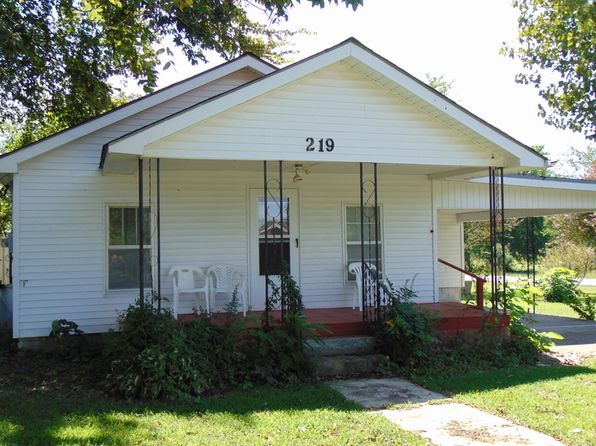 2 bed 1 bath Single Family at 219 W CENTER ST Cave City, AR, null is for sale at 45k - 1 of 18