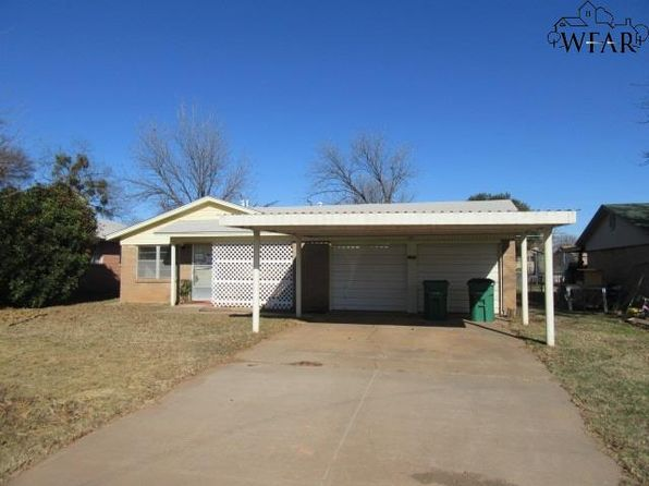 2 bed 2 bath Single Family at 1014 W Highway St Iowa Park, TX, 76367 is for sale at 30k - 1 of 13