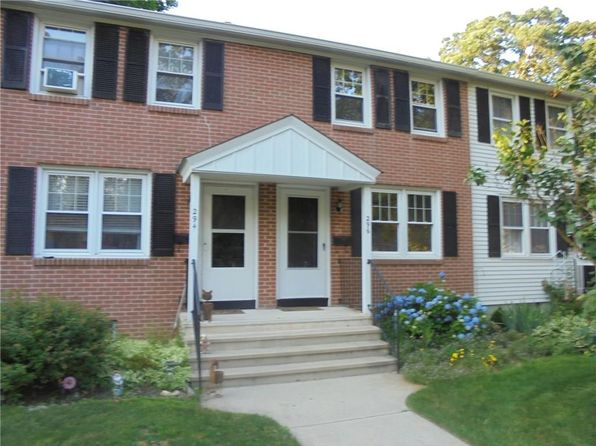 2 bed 1 bath Townhouse at 296 Sylvan Knoll Rd Stamford, CT, 06902 is for sale at 220k - 1 of 2