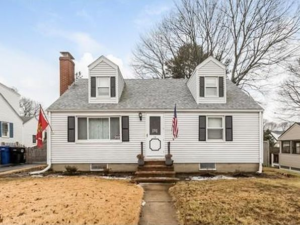 3 bed 1 bath Single Family at 10 LINDEN AVE SALEM, MA, 01970 is for sale at 400k - 1 of 24