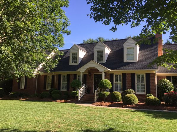 4 bed 3 bath Single Family at 1632 Lakefield Cir Gastonia, NC, 28056 is for sale at 389k - 1 of 21