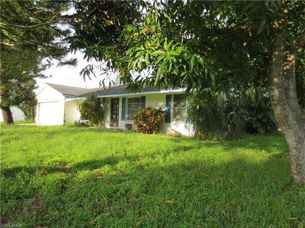 2 bed 3 bath Single Family at 16051 Lakeview Dr Fort Myers, FL, 33908 is for sale at 149k - 1 of 6