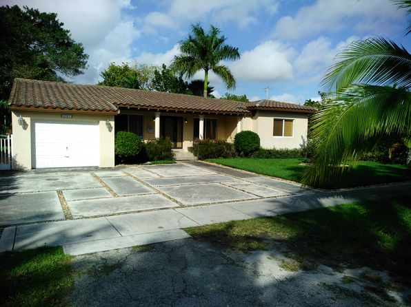 3 bed 2 bath Single Family at 6061 SW 34th St Miami, FL, 33155 is for sale at 589k - 1 of 14