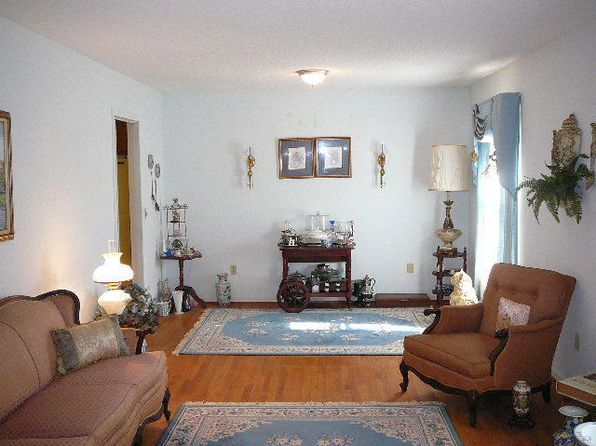 2 bed 2 bath Single Family at 299 Broughton Dr Eutawville, SC, 29048 is for sale at 135k - 1 of 32