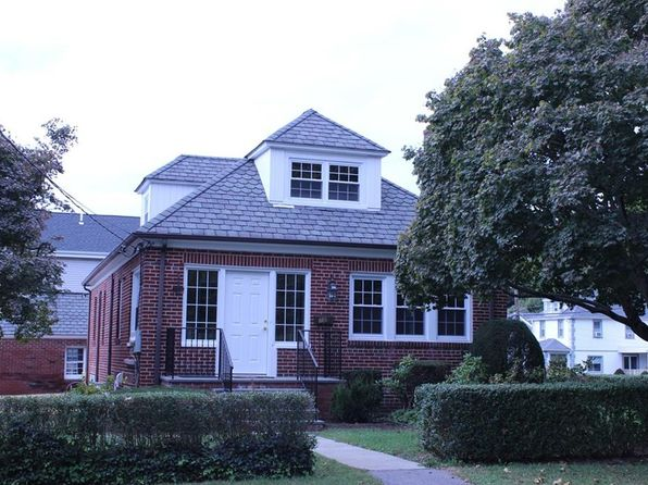 4 bed 3 bath Single Family at 78 Saratoga Ave Pleasantville, NY, 10570 is for sale at 669k - 1 of 20