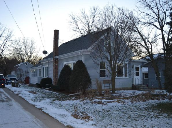 3 bed 1 bath Single Family at N62W23431 Silver Spring Dr Sussex, WI, 53089 is for sale at 190k - 1 of 24