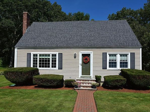4 bed 2 bath Single Family at 10 Briscoe St Woburn, MA, 01801 is for sale at 570k - 1 of 20