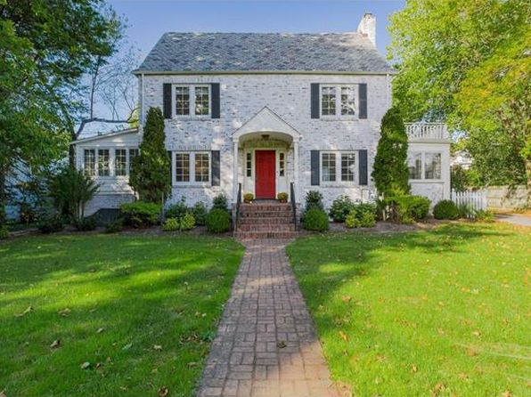 4 bed 4 bath Single Family at 25 Sterling Rd Harrison, NY, 10528 is for sale at 1.65m - 1 of 30