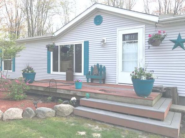 3 bed 2 bath Mobile / Manufactured at 5752 Maple Dr Farwell, MI, 48622 is for sale at 70k - 1 of 12