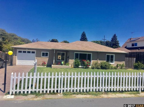 3 bed 1 bath Single Family at 962 Kelvin Rd El Sobrante, CA, 94803 is for sale at 484k - 1 of 15