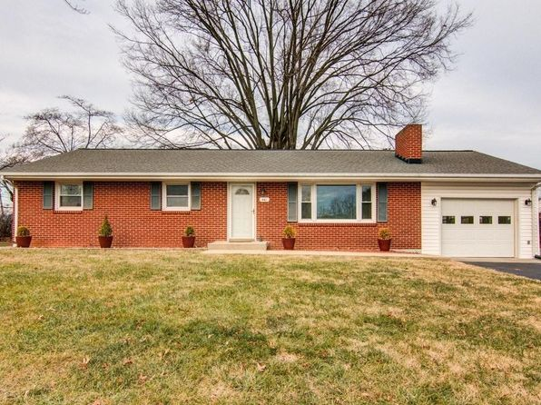3 bed 2 bath Single Family at 461 Cameron Dr Vinton, VA, 24179 is for sale at 160k - 1 of 24