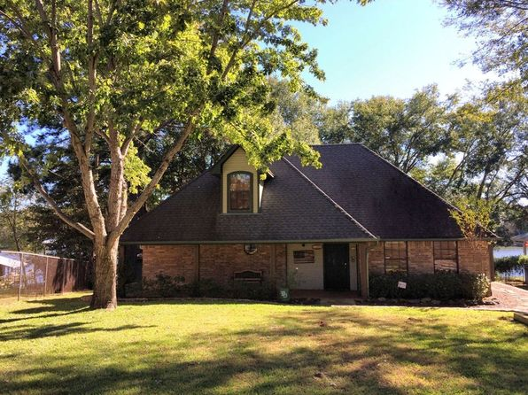 3 bed 2.5 bath Single Family at 23168 Jeb Cir Frankston, TX, 75763 is for sale at 395k - 1 of 49