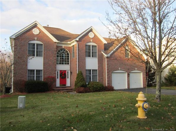 4 bed 3 bath Single Family at Undisclosed Address TRUMBULL, CT, 06611 is for sale at 590k - 1 of 25