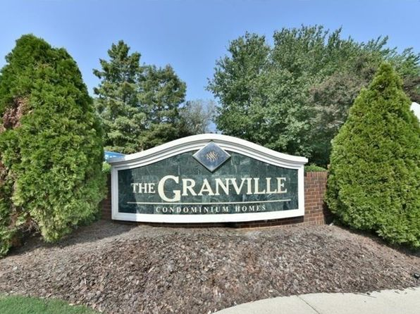 1 bed 1 bath Condo at 627 Granville Ct Sandy Springs, GA, 30328 is for sale at 120k - 1 of 12