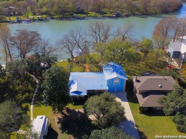 3 bed 3 bath Single Family at 160 Lakeside Dr Seguin, TX, 78155 is for sale at 700k - 1 of 24