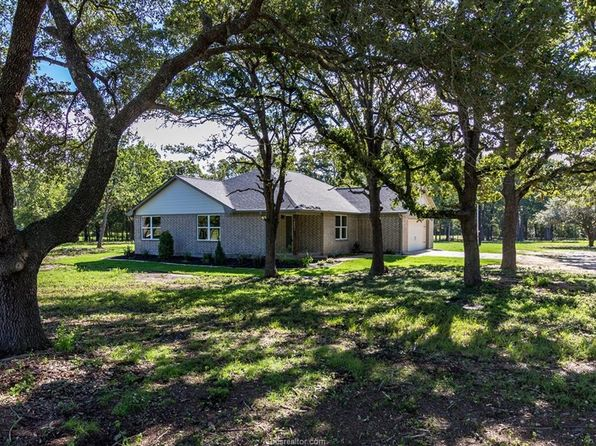 4 bed 3 bath Single Family at 14521 Cheyenne Dr College Station, TX, 77845 is for sale at 400k - 1 of 14