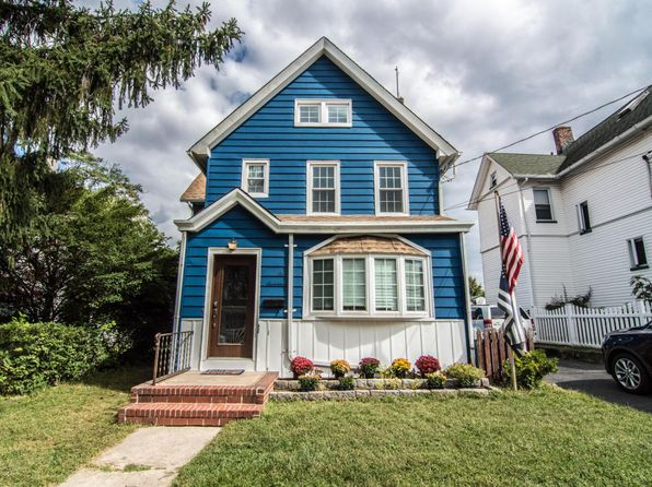 4 bed 2 bath Single Family at 117 Wood Ave Staten Island, NY, 10307 is for sale at 595k - 1 of 25