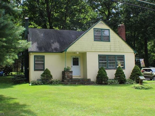 3 bed 2 bath Single Family at 18 Little Paint Way Byram Township, NJ, 07821 is for sale at 185k - 1 of 7