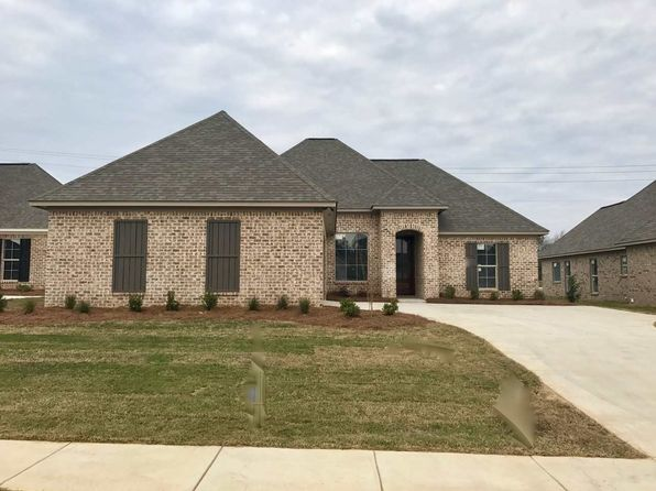 3 bed 2 bath Single Family at 206 Buttonwood Ln Canton, MS, 39046 is for sale at 217k - 1 of 5