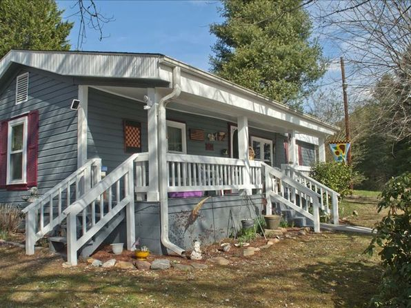 2 bed 1 bath Single Family at 771 Piney Rd Hayesville, NC, 28904 is for sale at 79k - 1 of 24