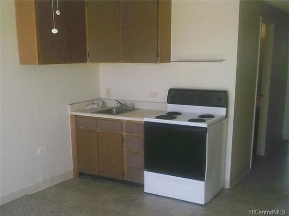 1 bed 1 bath Townhouse at 85-175 Farrington Hwy Waianae, HI, 96792 is for sale at 115k - 1 of 10