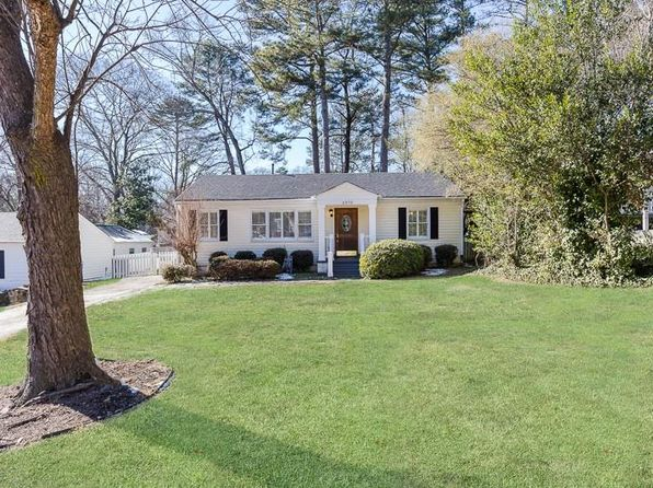 3 bed 2 bath Single Family at 2970 Surrey Ln Chamblee, GA, 30341 is for sale at 475k - 1 of 14