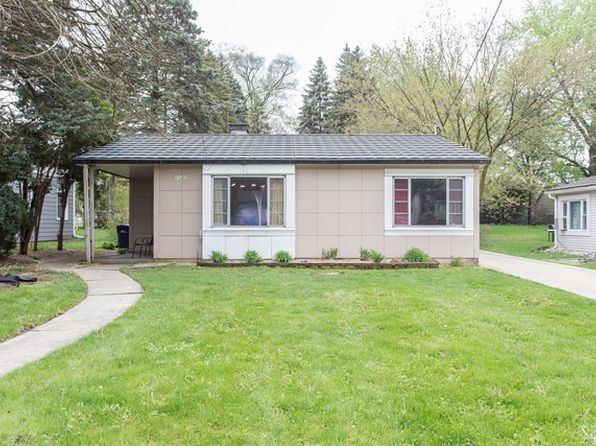 2 bed 1 bath Single Family at 1127 E Division St Lombard, IL, 60148 is for sale at 179k - 1 of 23