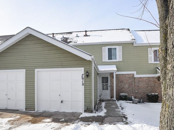 2 bed 2 bath Townhouse at 7610 Hearth Dr Hanover Park, IL, 60133 is for sale at 140k - 1 of 9