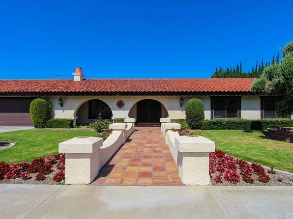 5 bed 4 bath Single Family at 13941 Dall Ln Santa Ana, CA, 92705 is for sale at 1.10m - 1 of 42