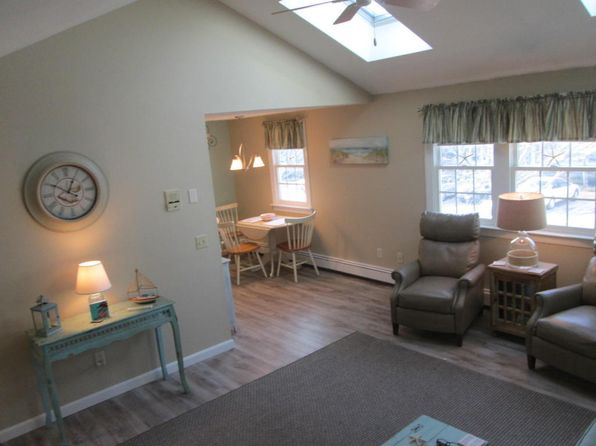 2 bed 2 bath Condo at 78 Center St Dennisport, MA, 02639 is for sale at 155k - 1 of 14