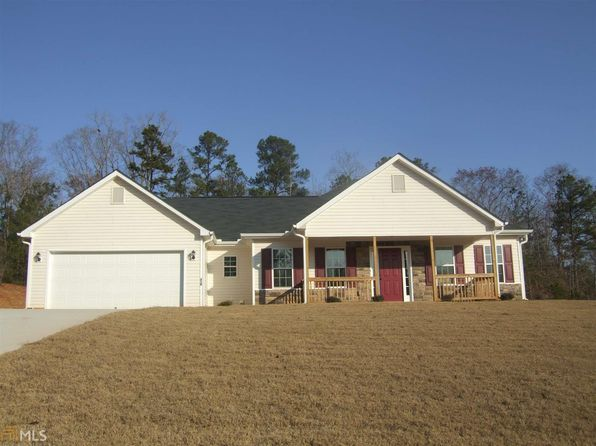 3 bed 2 bath Single Family at 210 Oak Meadows Pl Covington, GA, 30016 is for sale at 158k - google static map