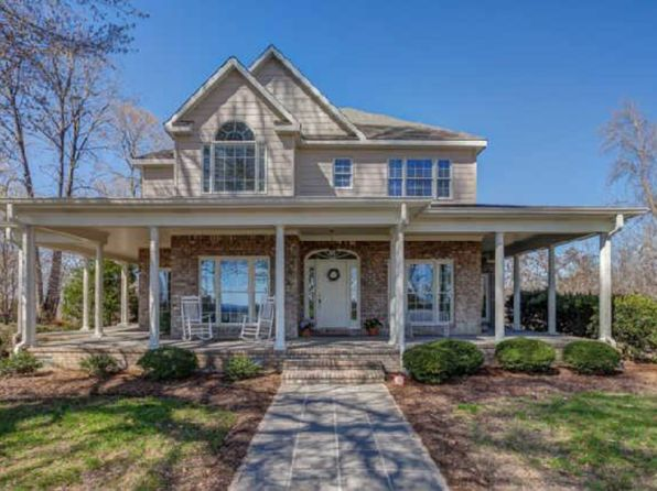 3 bed 4 bath Single Family at 894 Ridgeview Ln Columbia, TN, 38401 is for sale at 469k - 1 of 19