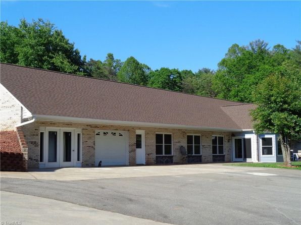 4 bed 3 bath Single Family at 185 Kerney Trl Thurmond, NC, 28683 is for sale at 369k - 1 of 24