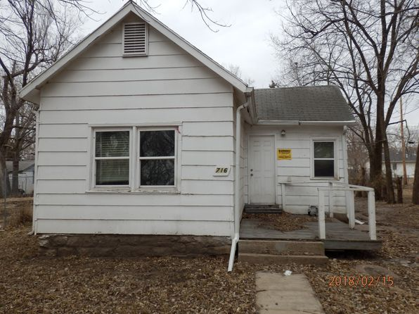 2 bed 1 bath Single Family at 716 SE LAWRENCE ST TOPEKA, KS, 66607 is for sale at 10k - 1 of 4