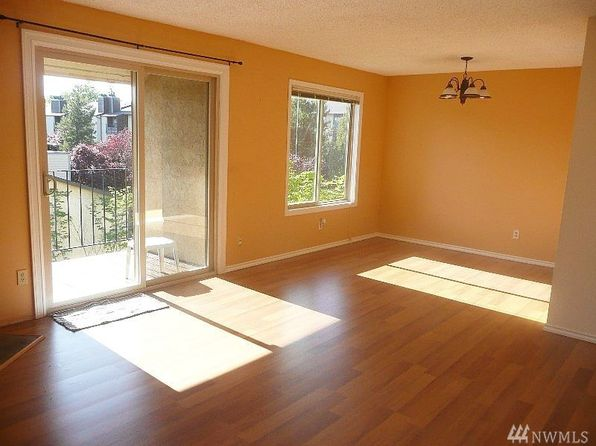 2 bed 1 bath Condo at 14510 124th Ave NE Kirkland, WA, 98034 is for sale at 220k - 1 of 7