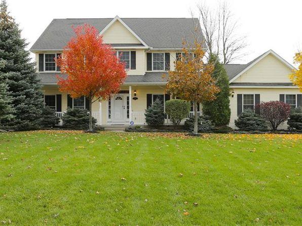 4 bed 3 bath Single Family at 6751 Ciara Ct North Tonawanda, NY, 14120 is for sale at 350k - 1 of 24