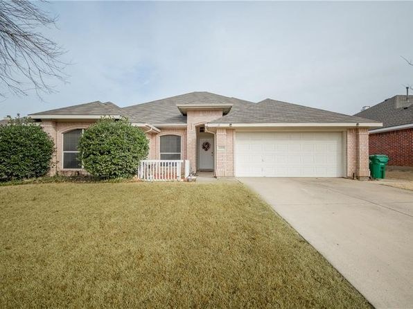 3 bed 2 bath Single Family at 5209 GAELIC CT DENTON, TX, 76208 is for sale at 209k - 1 of 27