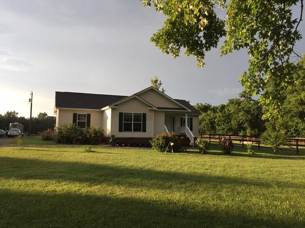 3 bed 2 bath Single Family at 12145 Salem Church Rd King George, VA, 22485 is for sale at 299k - 1 of 20