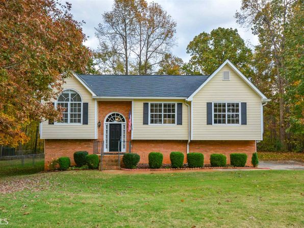 3 bed 3 bath Single Family at 3195 Tangle Blew Path Dacula, GA, 30019 is for sale at 225k - 1 of 21