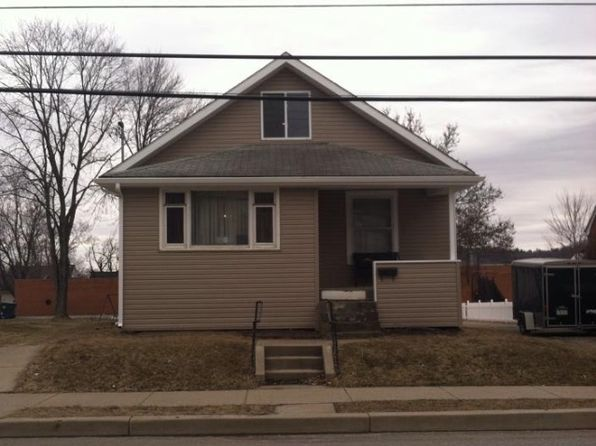 3 bed 1 bath Single Family at 325 Line Ave Ellwood City, PA, 16117 is for sale at 66k - 1 of 2